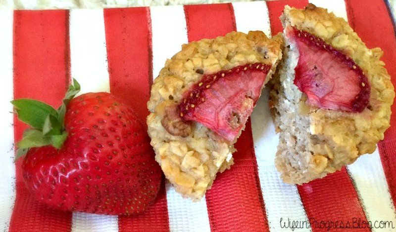 Baked Oatmeal Cups with strawberries