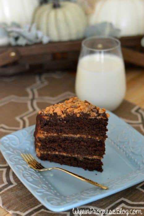 chocolate-salted-caramel-crunch-cake-9