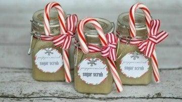 Handmade Gifts: DIY Peppermint Sugar Scrub