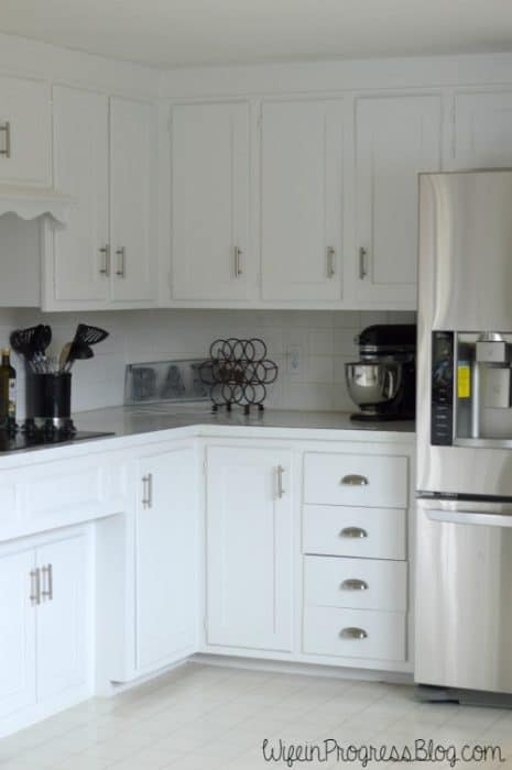 A simple kitchen update by switching out cabinet pulls | WifeinProgressBlog.com