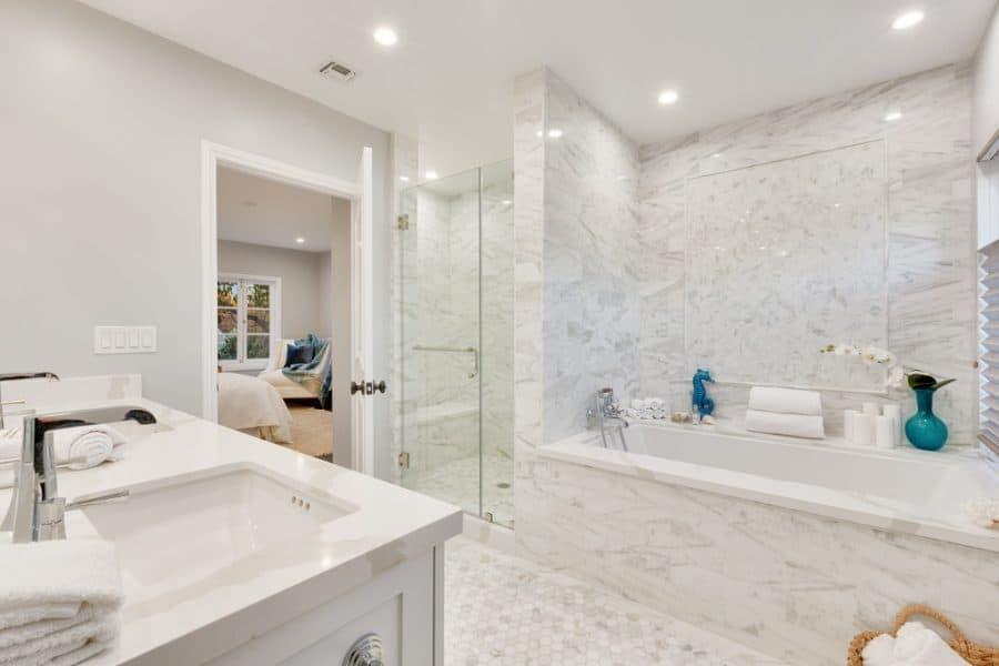 Sherwin Williams Repose Gray bathroom