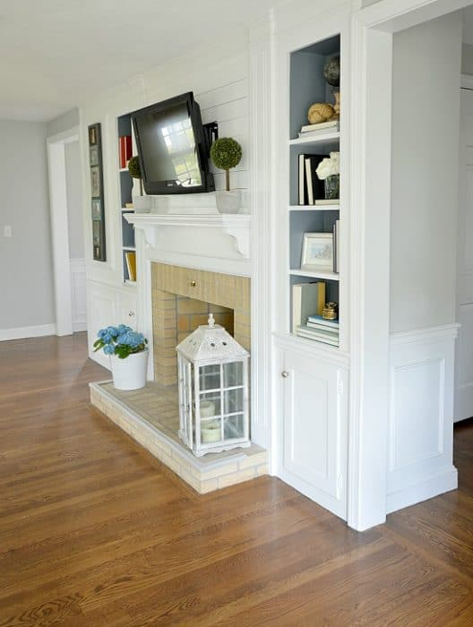 Neutral Living Room Reveal | WifeinProgressBlog.com
