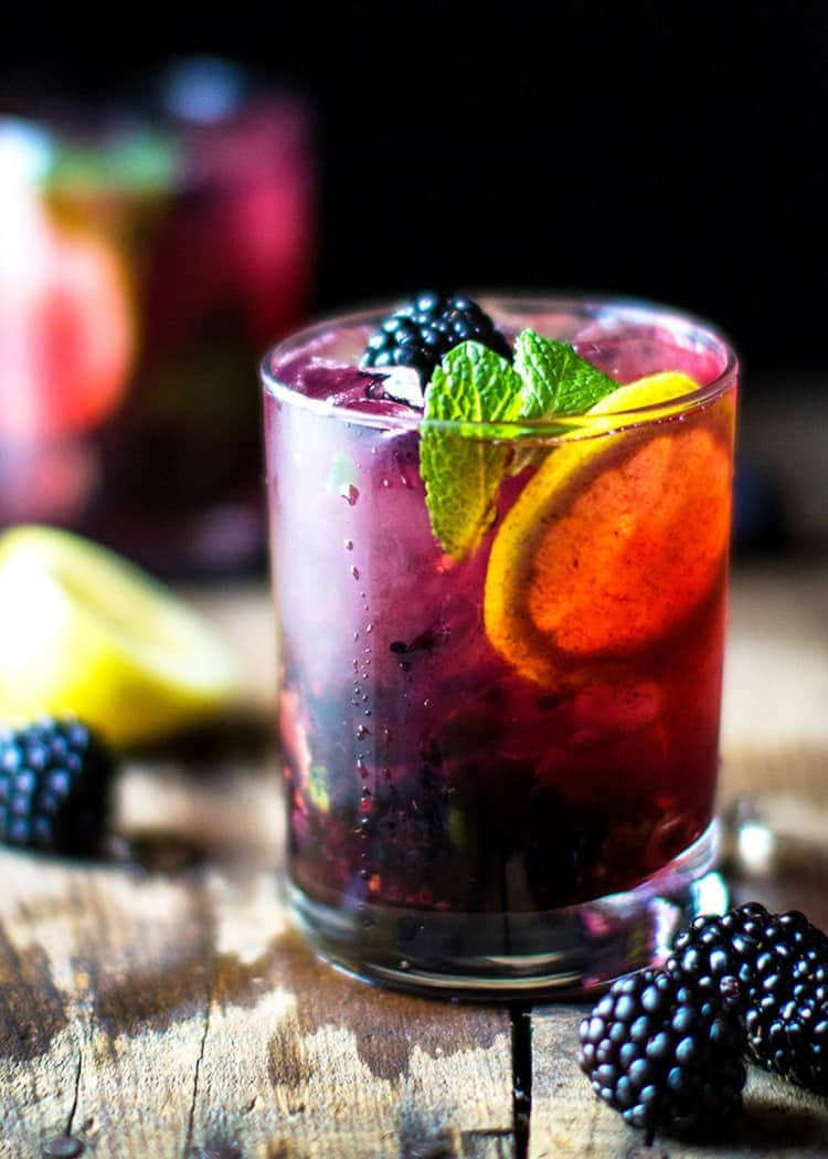 Blackberry Lemon Gin & Tonic - 9 delicious summer cocktails