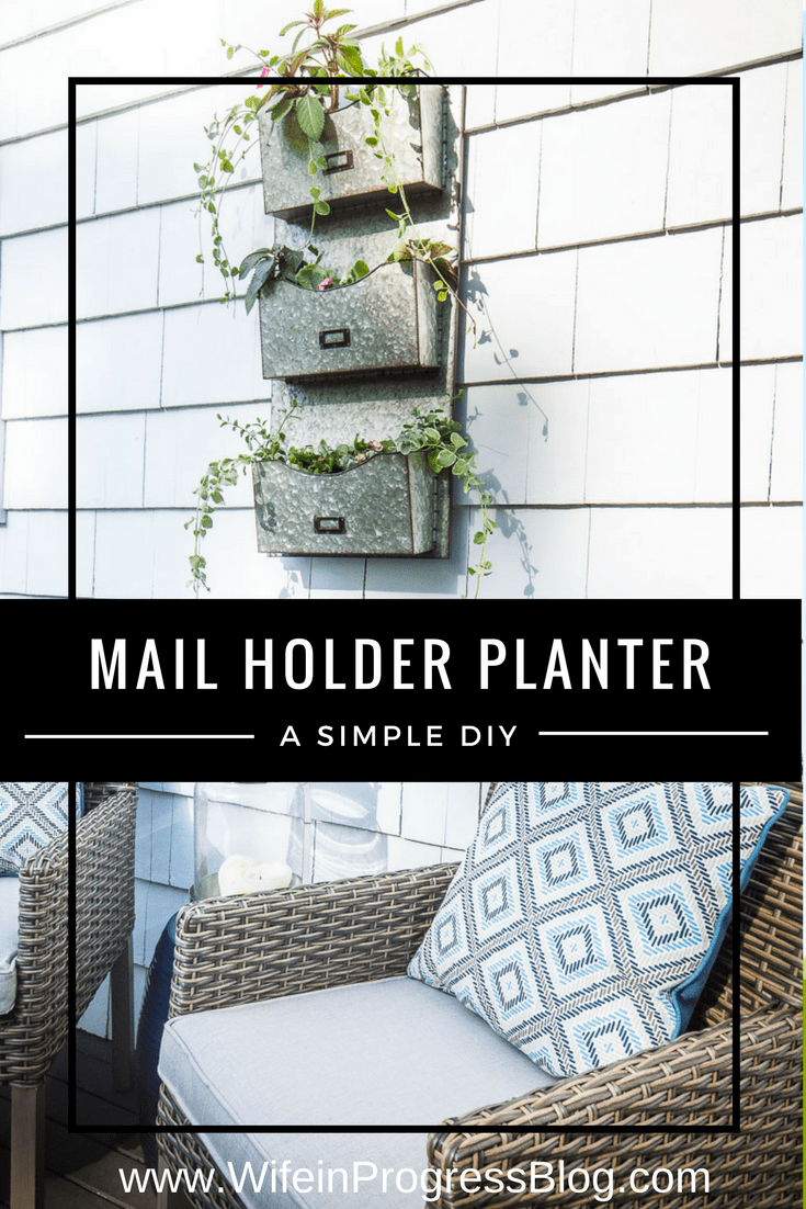 Unique planter ideas | galvanized mail holder | farmhouse planter | farmhouse decor