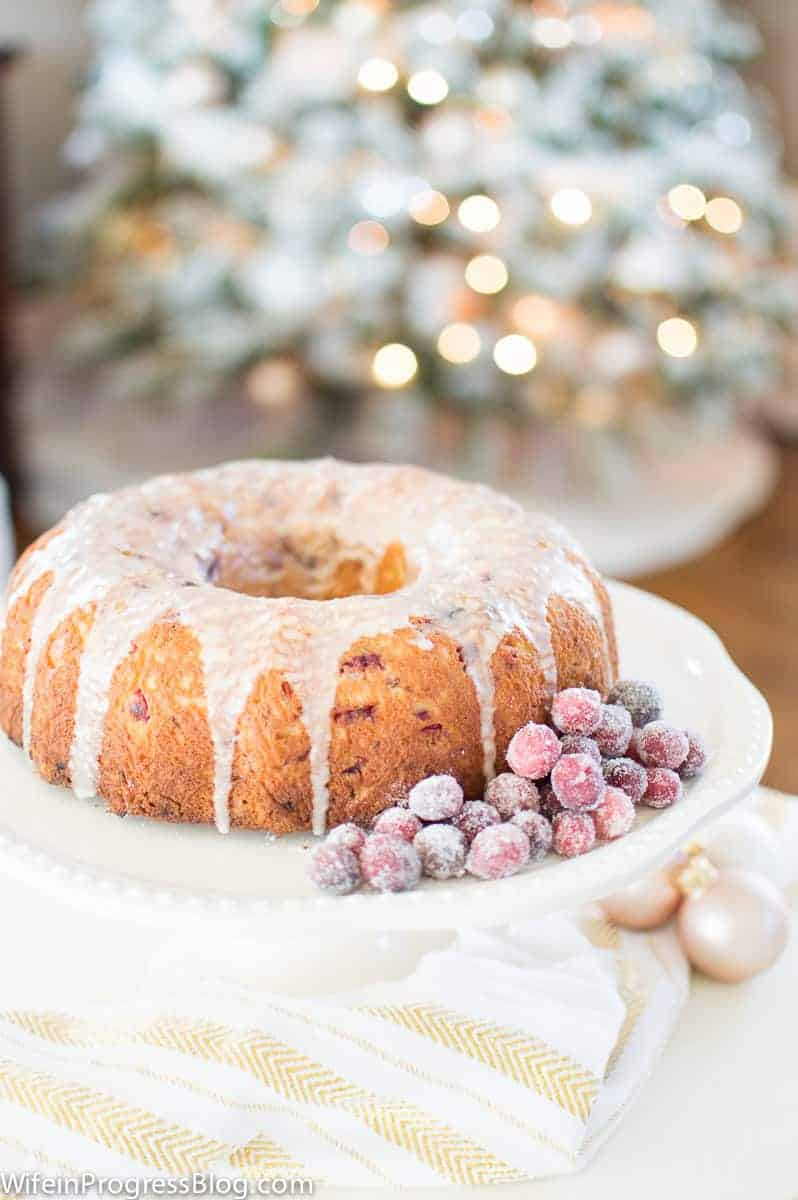 Cranberry Orange Cream Cheese Cake - the perfect Christmas cake for any time of the day!