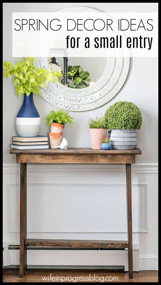 Decor tips for a small front entryway. Spring Home Tours 2018.