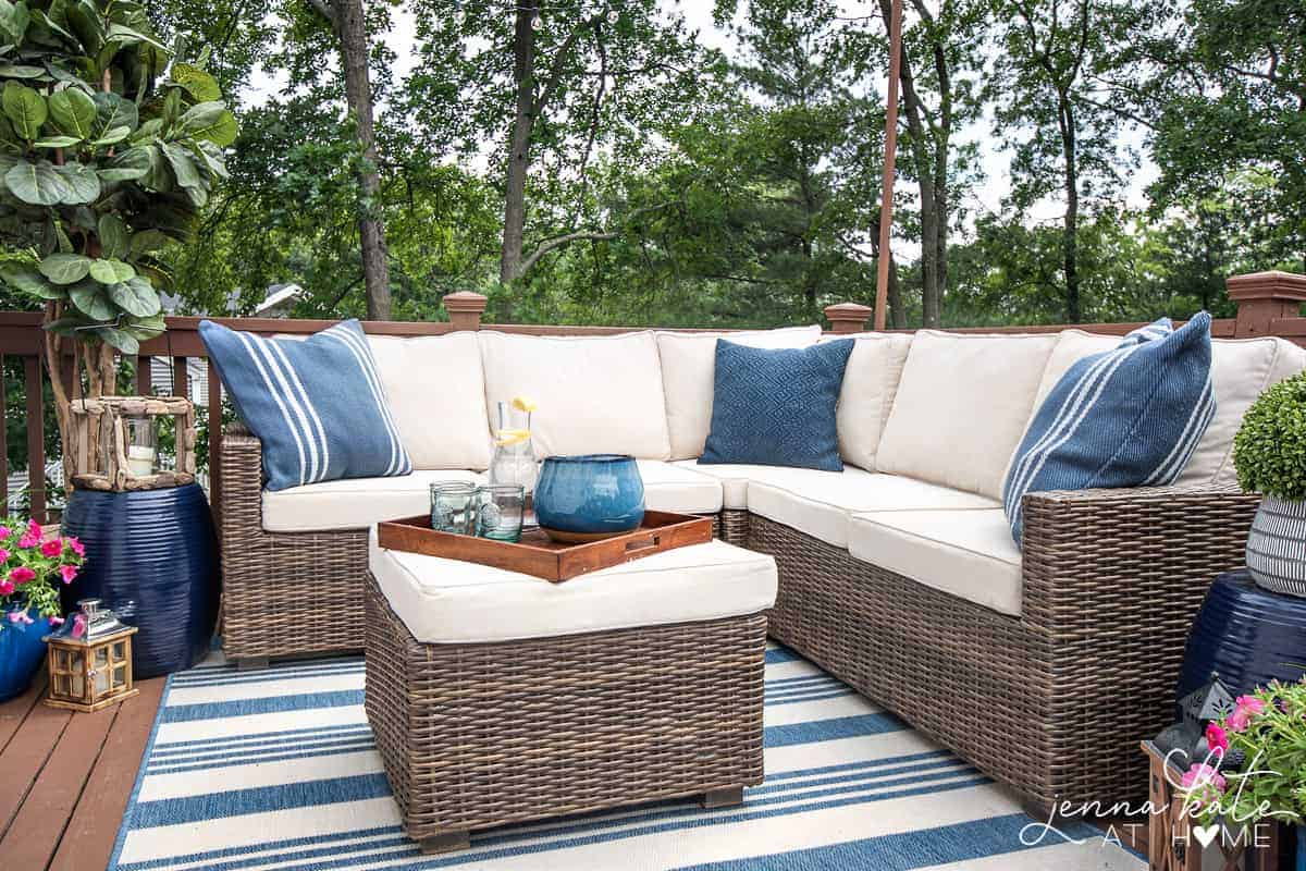 decorating ideas for a small deck tips for creating a backyard oasis rh jennakateathome com backyard patio furniture patio deck furniture