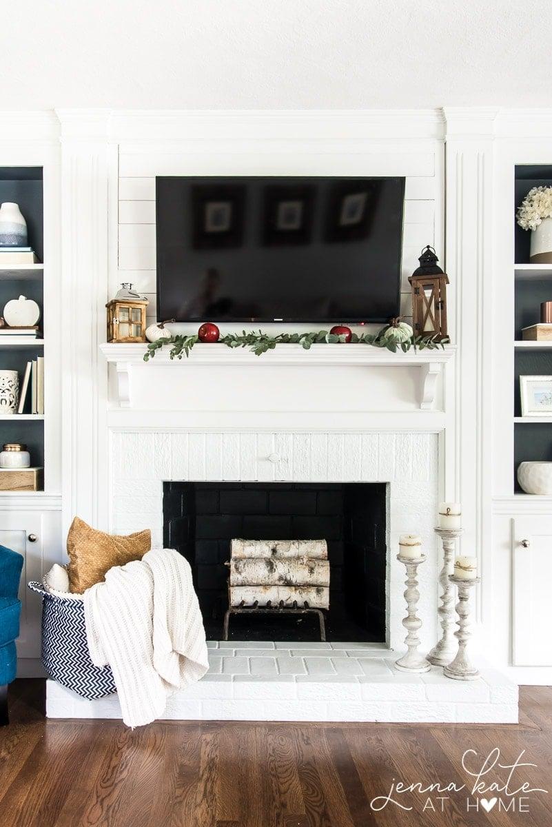Simple & Cheap Fall Mantel Decor - Jenna Kate at Home