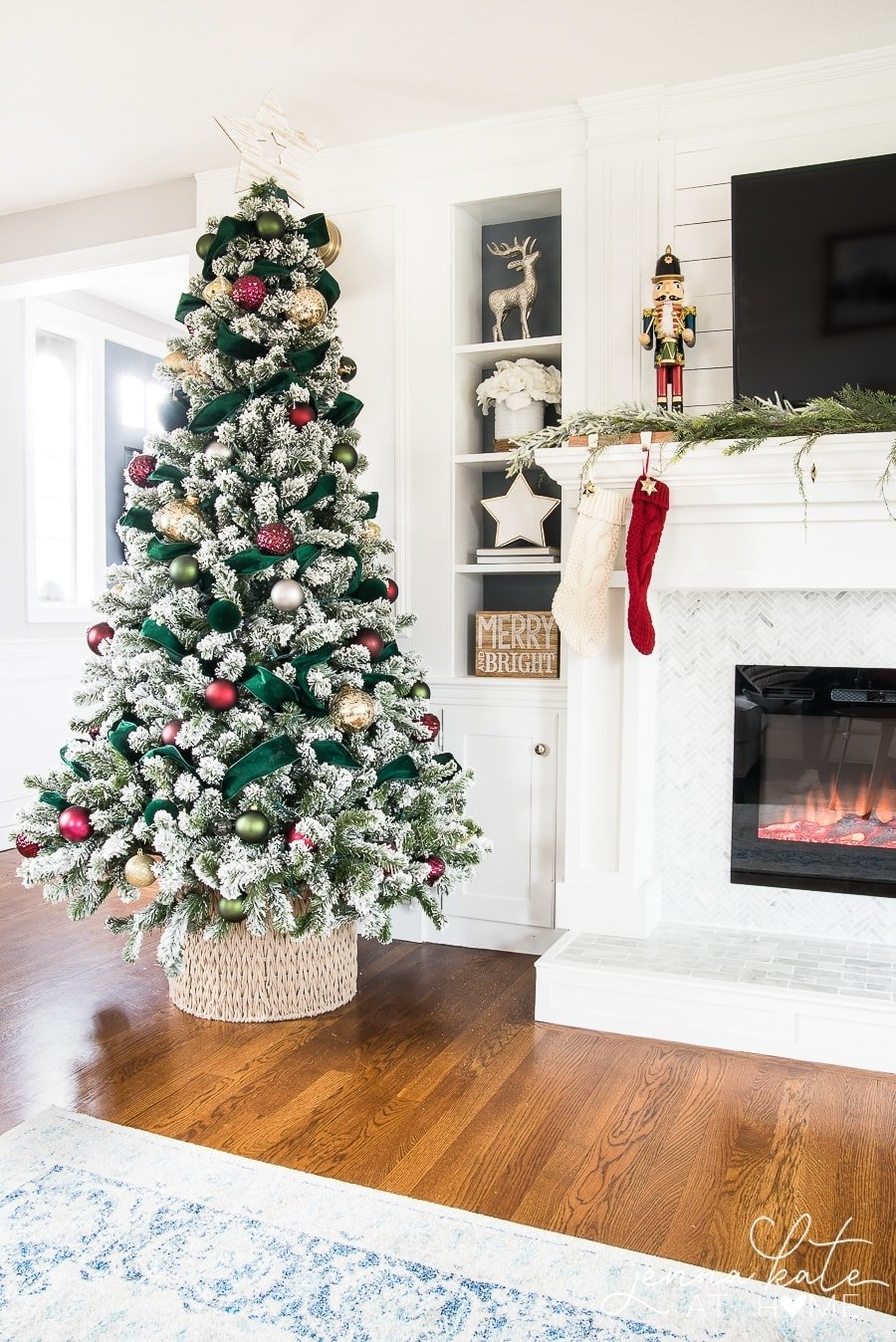 Easy and Elegant Christmas Decor - Jenna Kate at Home