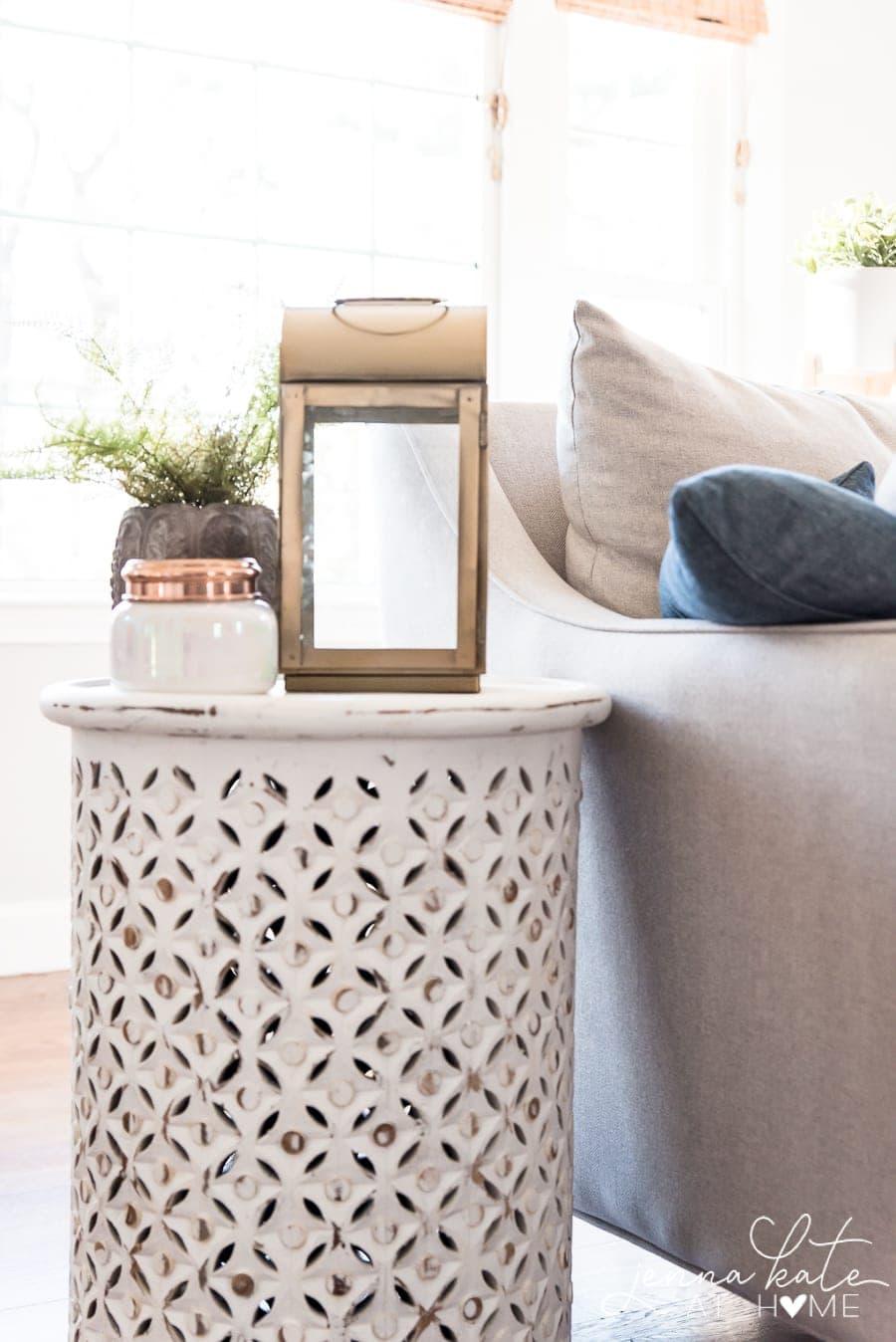 Cozy winter home decor ideas and tips