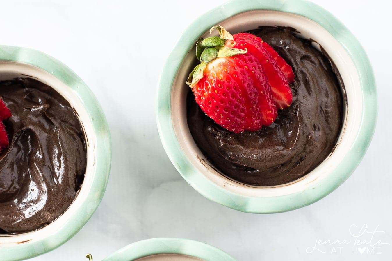 A delicious chocolate avocado pudding that can be made vegan or paleo