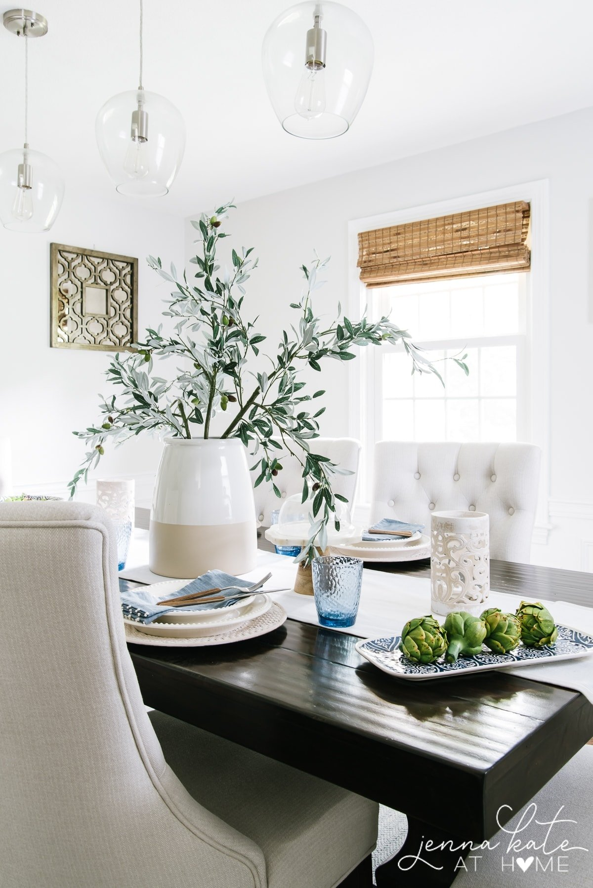 Ideas for indoor or outdoor summer tablescapes