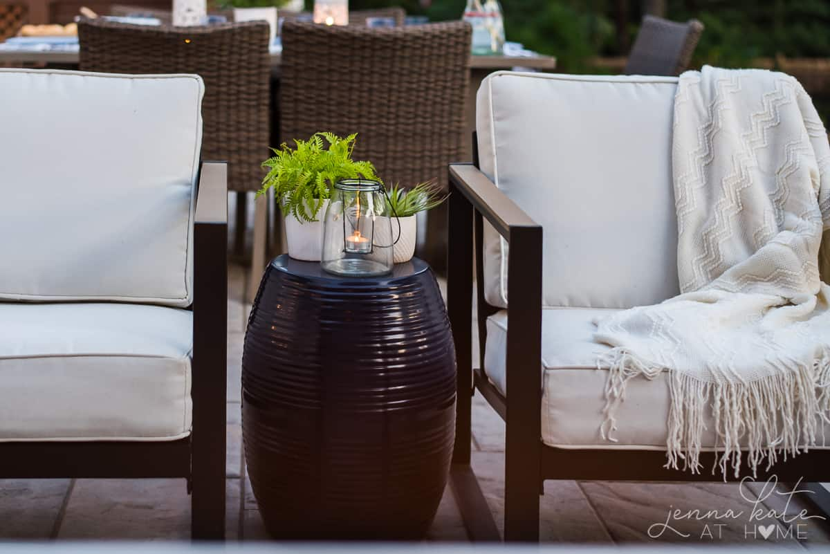 How to decorate a large patio
