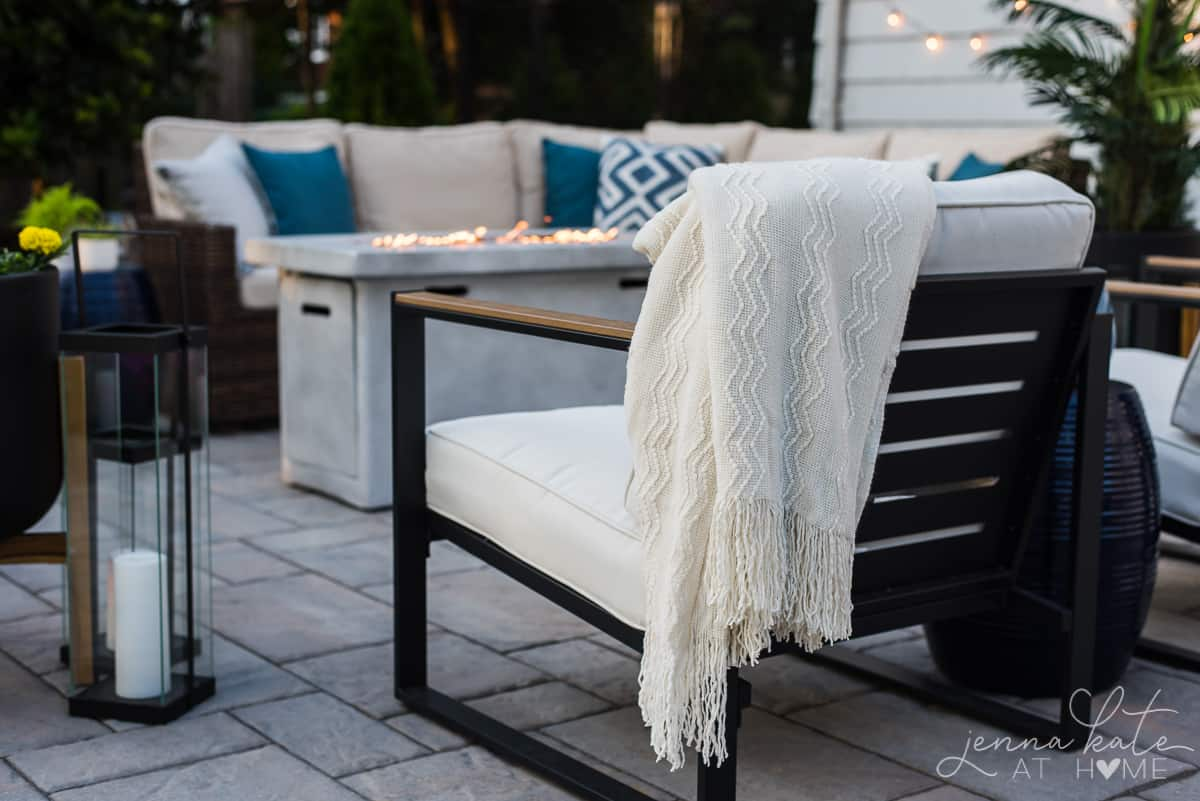 How to decorate your outdoor patio