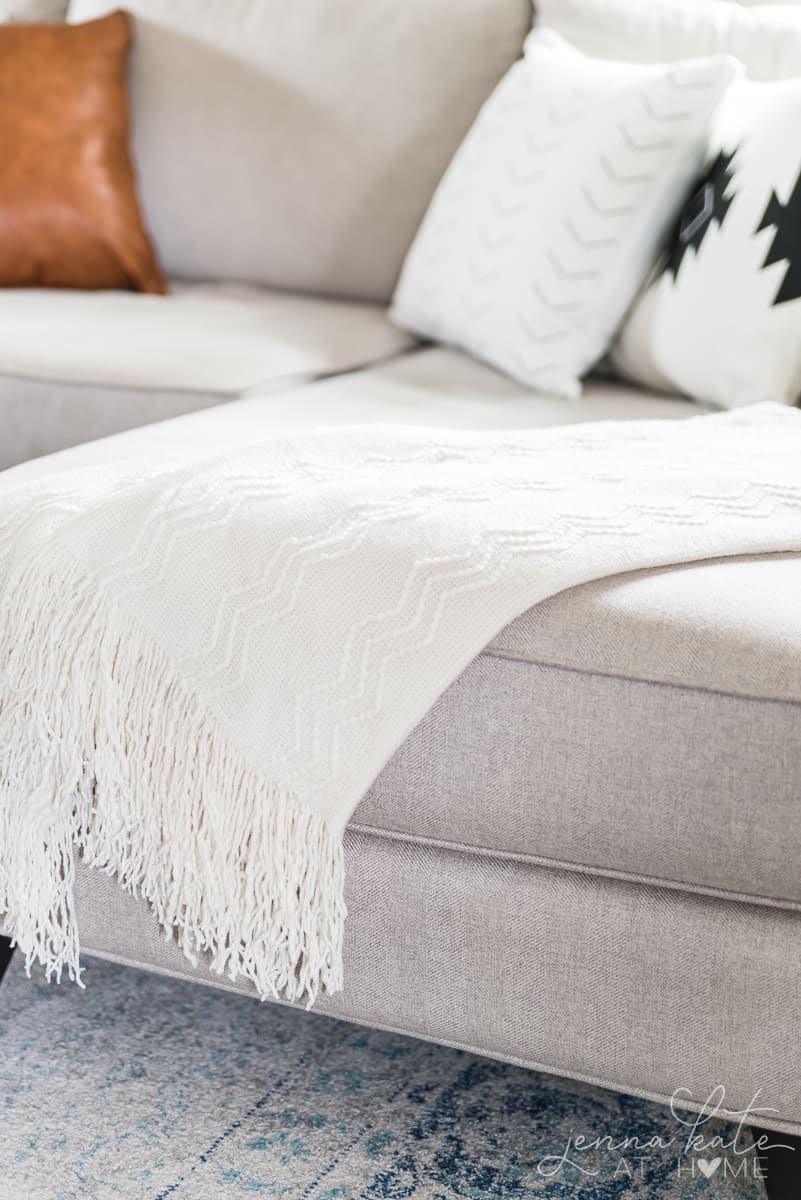 Texture is an important part of boho decor in any room. This can be achieved with throw blankets.