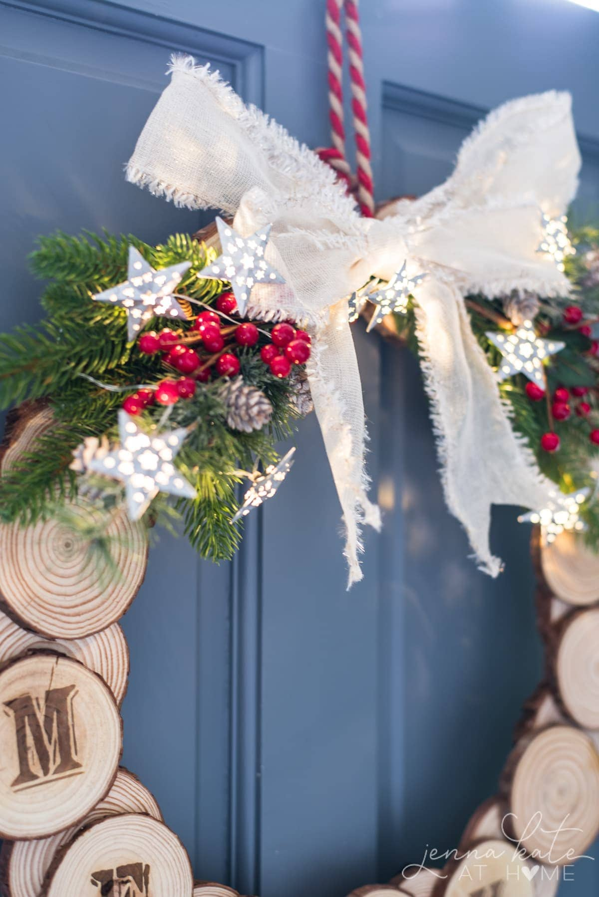 DIY Wood slice Christmas wreath