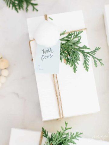 free printable Christmas gift tags to download