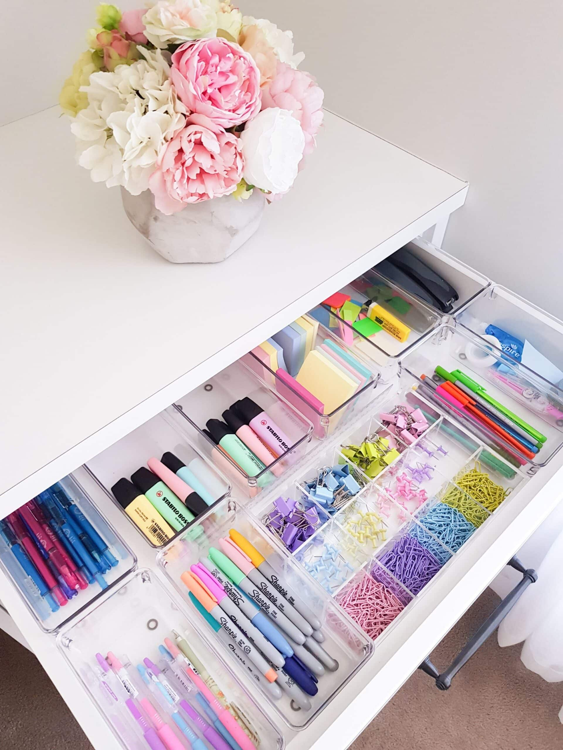 Organized stationery