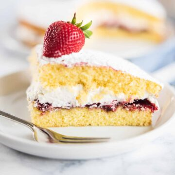 Victoria Sponge Cake filling